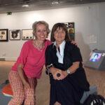 Con la coleccionista y comisaria de la exposición